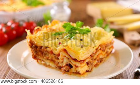 lasagne with tomato sauce, minced beef and cheese