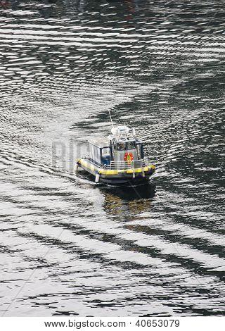 Enclosed Rubber Tour Boat