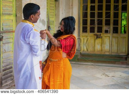 Beautiful Indian Couple Wearing Traditional Ethnic Clothes (saree And Kurta) . Couple In Love Concep