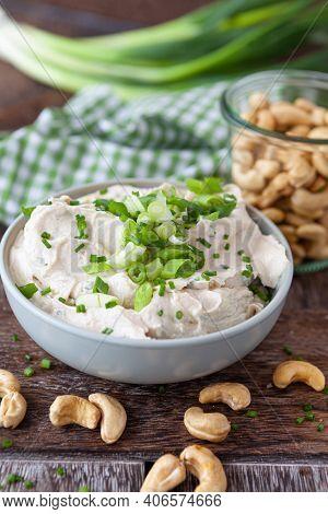 Vegan Cashew Cream Cheese With Fresh Herbs And Scallions