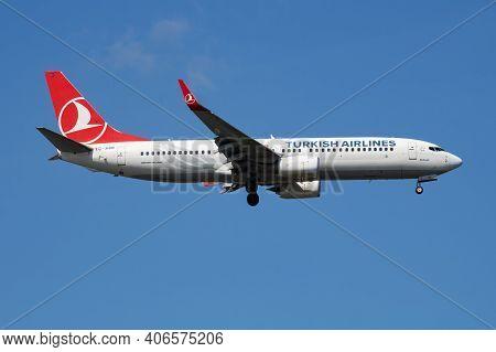 Istanbul, Turkey - March 28, 2019: Turkish Airlines Boeing 737-800 Tc-jhm Passenger Plane Landing At