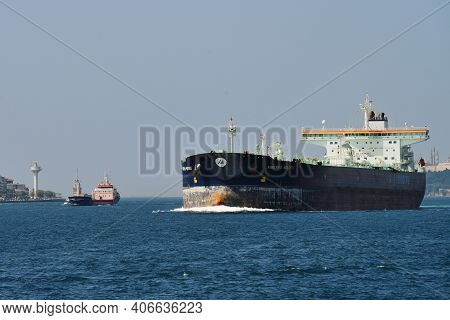 Istanbul - August 07: Ships In Bosporus Strait At August 07, 2013 In Istanbul, Turkey. Some 50,000 S