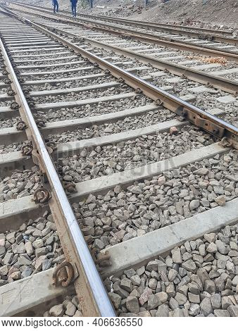 View Of Railway Tracks From The Middle During Day Time In Delhi India, Indian Railways Track View, I
