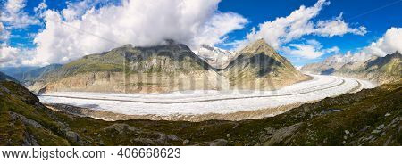 Aletsch Glacier. Largest And Longest Glacier In Euopra, Valais . Panoramic View Of The Jungfrau. Ale