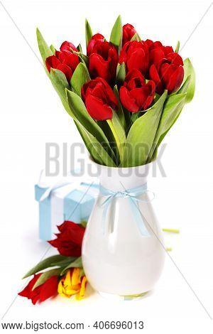 Colorful Tulips. Tulips. Beautiful Tulips In Spring. Colorful Tulips. Tulips In The Garden. Beautifu