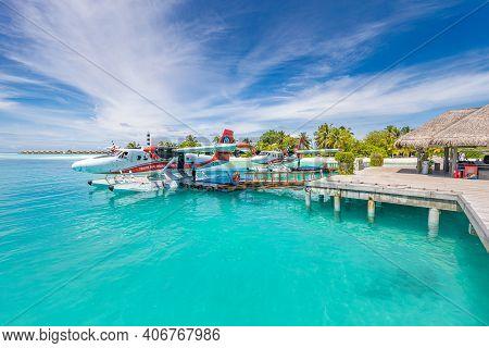 Ari Atoll, Maldives - 05.may.2019: Maldives Seaplane On Luxury Resort, Wooden Jetty Loading The Plan