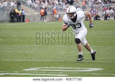 Penn State receiver #83 Brett Brackett
