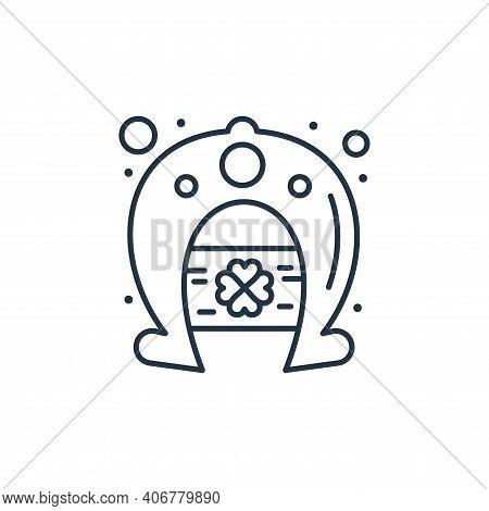 horseshoe icon isolated on white background from saint patrick collection. horseshoe icon thin line