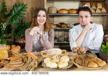 In The Newly Opened Bakery Showroom, A Handsome Baker And A New Attractive Saleswoman Try To Show Th