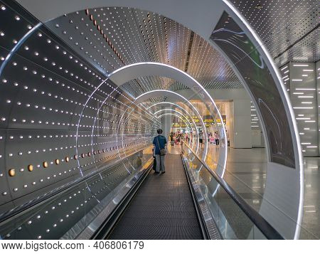 Guangzhou/china-26 Aug 2019:escalator With Light Performance In Baiyun Internation Airport Guangzhou