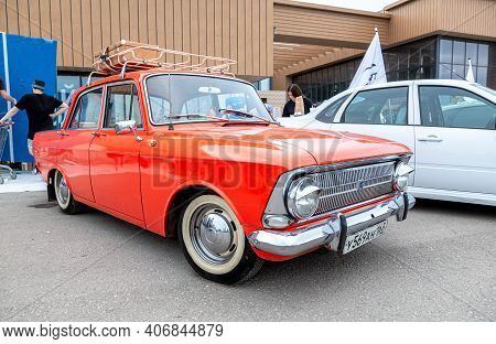 Samara, Russia - May 19, 2018: Vintage Russian Automobile Moskvich-412 At The Parade Of Old Cars And