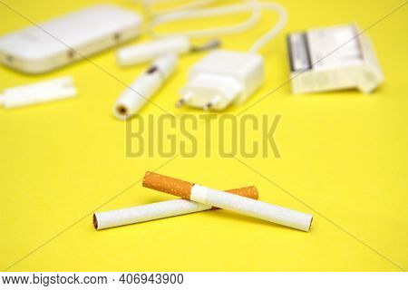 Choosing Between Tobacco Modern Hybrid Electronic Cigarette Device With Heating System Or Classic Ci