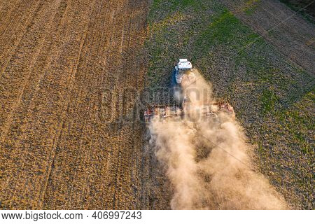 Ukrainian Agricultural Industry, Cultivation Of Fields, Preparation For Sowing Of Grain, Fields In T