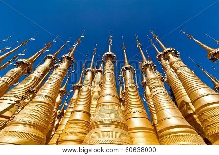 Golden Stupas Of Shwe Indein Pagoda Over Blue Sky. Indein Village, Inle Lake, Shan State, Myanmar (b