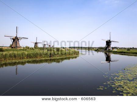 Dutch Windmills In Kinderdijk 6
