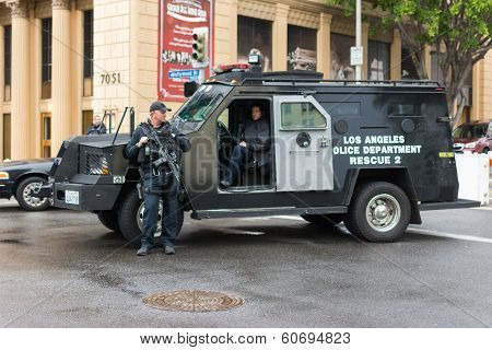 Los Angeles Police Departament Rescue Truck Parked On The Street During Academy Awards