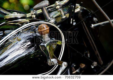 Motorcycle Gas Tank Shifter
