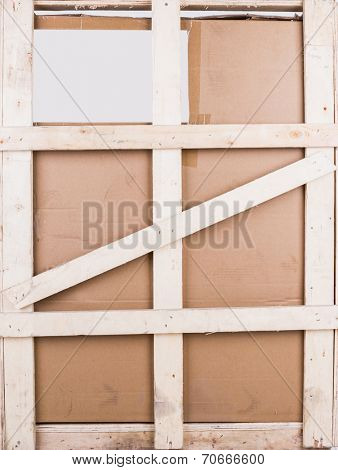 Cardboard boxes with wooden reinforcement