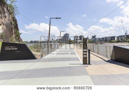 BRISBANE, AUSTRALIA: New Farm Riverwalk