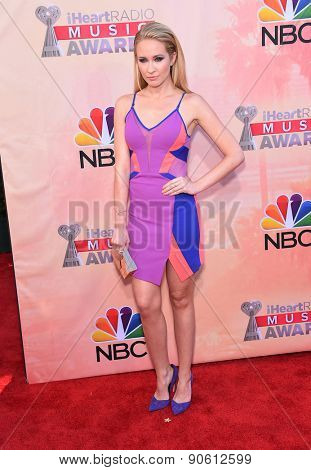 LOS ANGELES - MAR 29:  Anna Camp arrives to the 2015 iHeartRadio Music Awards  on March 29, 2015 in Hollywood, CA