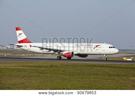 Frankfurt International Airport - Airbus A321 Of Austrian Airlines Takes Off