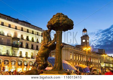 Statue of bear on Puerta del Sol, Madrid, Spain.