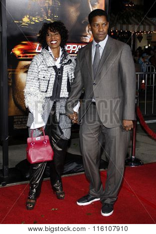 Denzel Washington and Pauletta Washington at the Los Angeles Premiere of