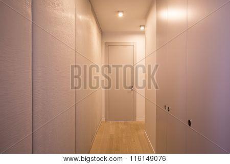 Spacious And Neat Closet