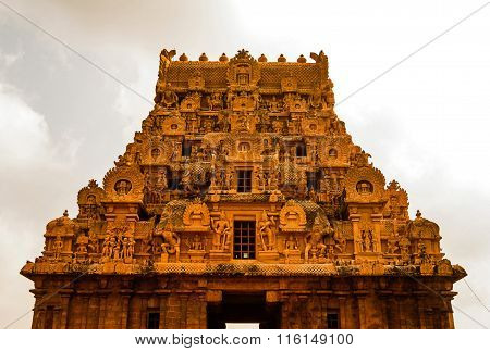 The magnificent entrance or Gopura architecture of Brihadeeswara Hindu temple at Thanjavur