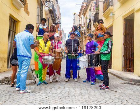 HAVANA,CUBA- JANUARY 24,2016 : Musicians and street dancers in Old Havana