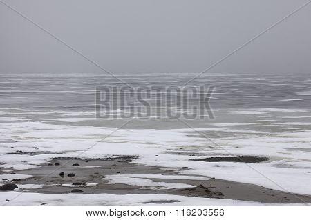 snowfield winter scenery on big lake