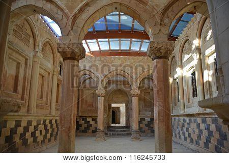 Ishak Pasha Palace Inside