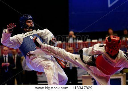 ST. PETERSBURG, RUSSIA - OCTOBER 17, 2015: Taekwondo WTF junior teams match Russia vs Iran during the martial arts festival Baltic Sea Cup in Sibur Arena