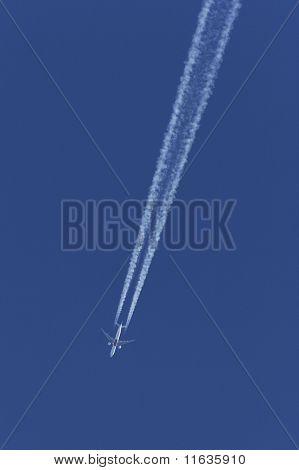 Airliner at crusing altitude