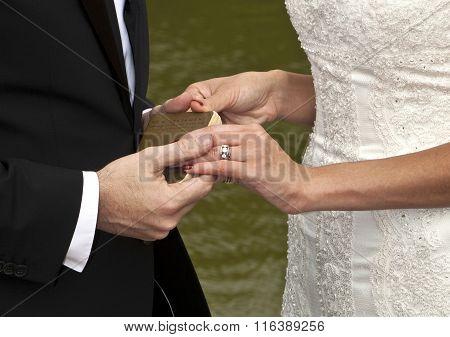 Wedding Couple Are Swearing Lifetime Loyality