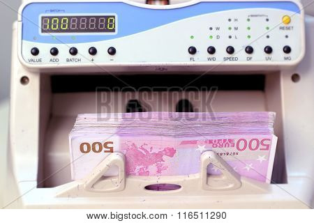 Electronic Money Counter With Euro Bills
