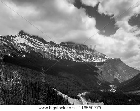 Columbia Icefield From Icefields Parkway