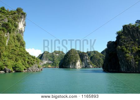 Sunny Ha Long Bay