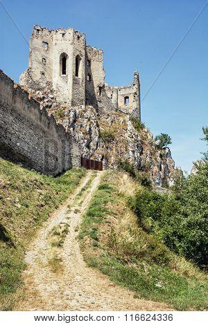 Beckov Castle Ruins, Slovak Republic, Europe