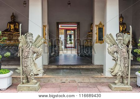 Wat Pho chinese stone dolls, Gate Guardians