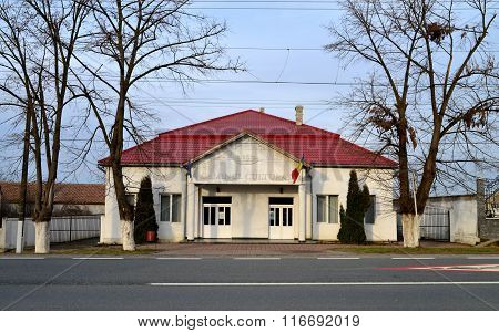 Sambateni Cultural House
