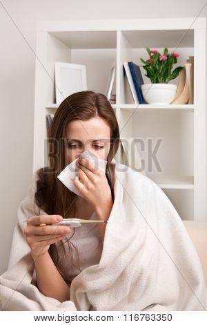 Girl mereet temperature at cold