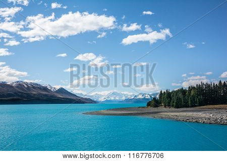 View of Mount Cook and Lake Pukaki, New Zealand