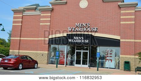 Men's Wearhouse Store