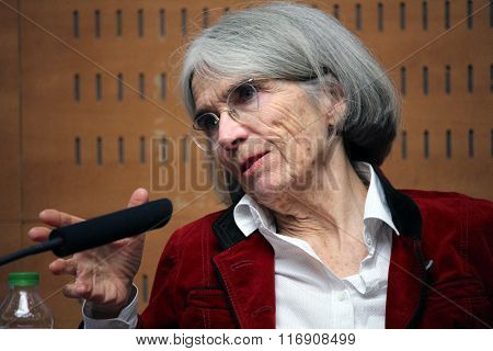 Donna Leon About Future Of Crime Novels