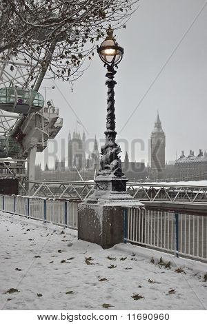 Westminster Palace on winter