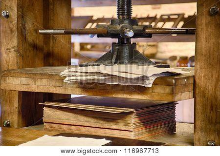 Old Paper Press