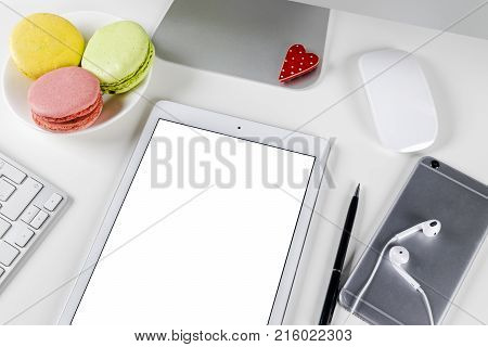 Tablet computer PC with blank screen mock up business office table. Tablet computer isolated white screen. Tablet white screen with copy space. Empty space for text.