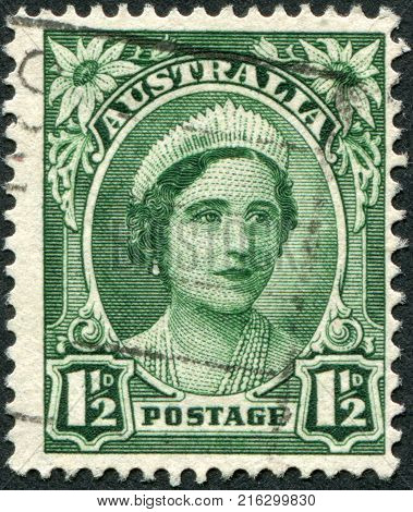 AUSTRALIA - CIRCA 1942: A stamp printed in Australia, shows the Queen Elizabeth The Queen Mother, circa 1942