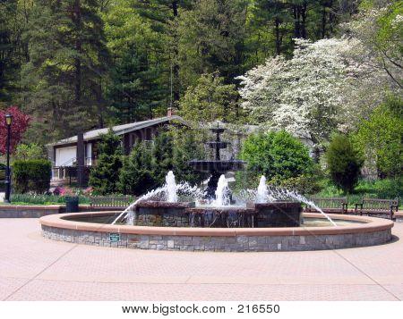Mohegan Fountain